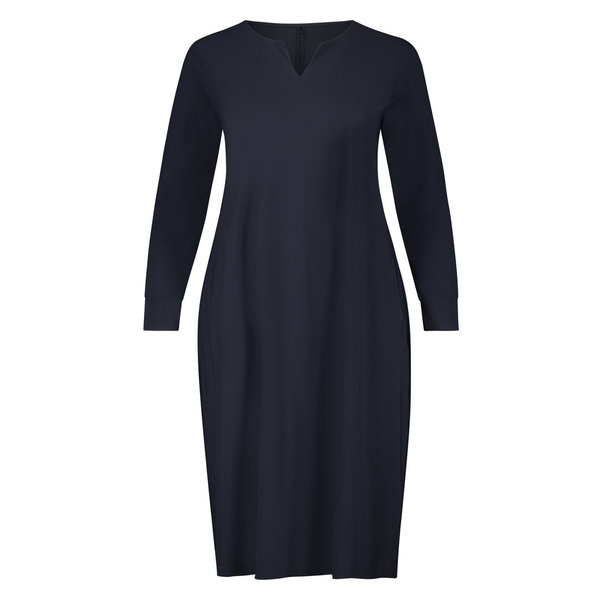 Plus basics jurk in het navy of zwart